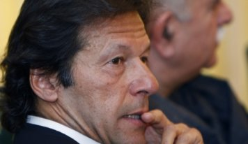 Imran vows to defend lives, assets of Shias