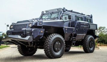 The 4 Benefits of Using an Armored Vehicle
