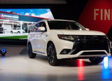 Mitsubishi Outlander hacked via in-vehicle WiFi